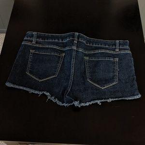 No Boundaries Shorts - Dark wash Jean shorts